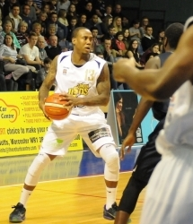Alex Owumi london Lions